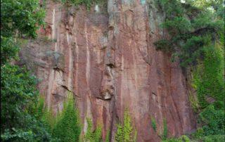 Horizontales Fließgefüge im Leisniger Porphyr im Aufschluss Rote Wand, Foto: Geißler